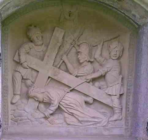 7. Station Jesus stürzt zum zweiten Male